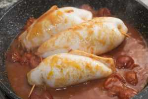 stuffed squids stir-fried with tomato sauce